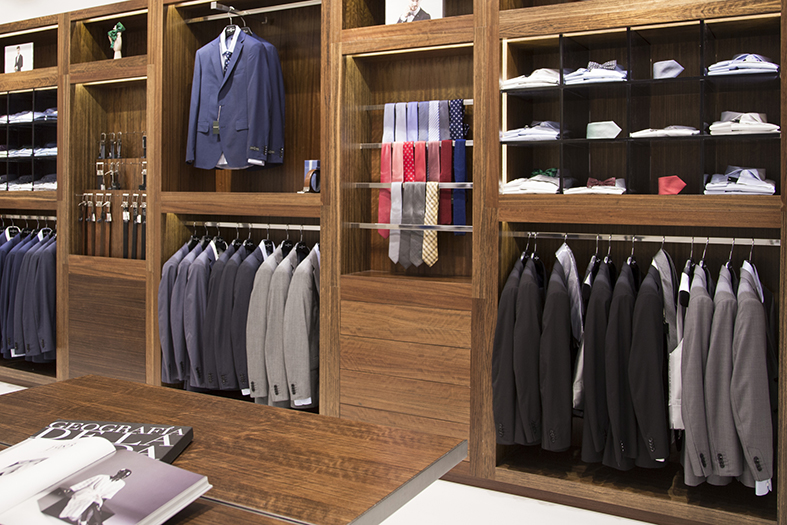 Roberto Verino - A well organized closet