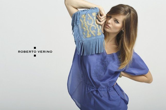 Roberto Verino blue cowhide and gold lurex embroidered fabric shoulder bag