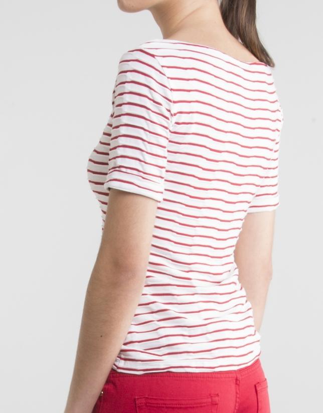 T-shirt rouge fantaisie en maille