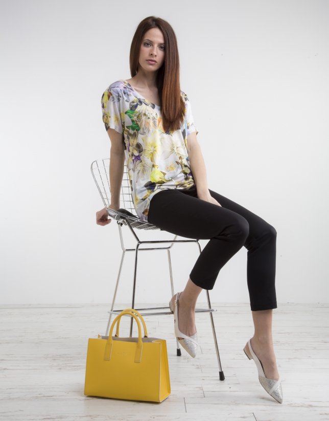 Yellow print V neck top