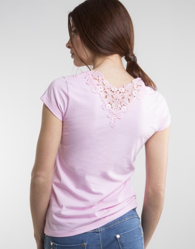 Camiseta crochet rosa
