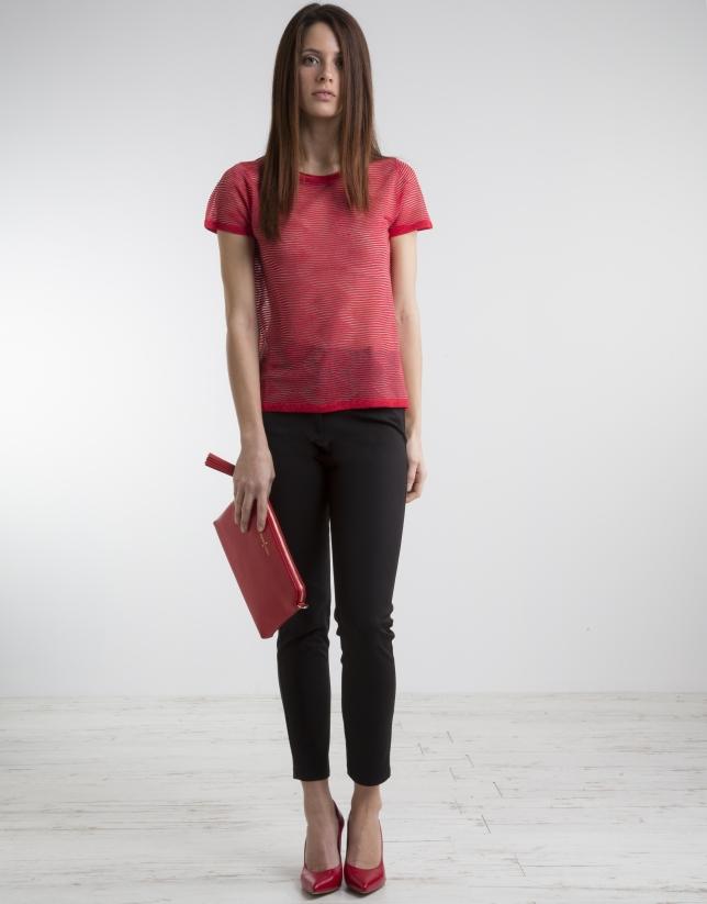 T-shirt rouge à manches courtes