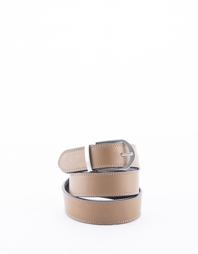 Reversible camel and brown leather belt