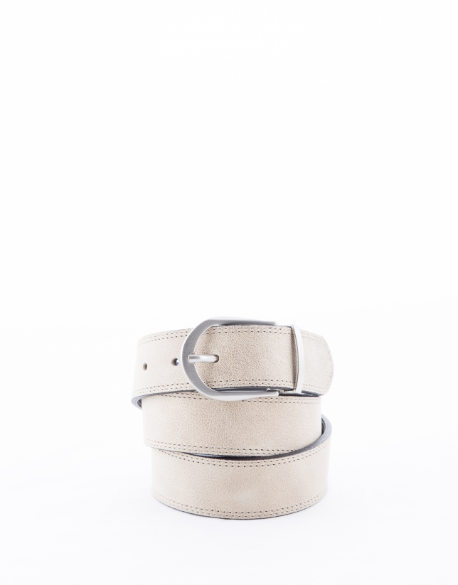 Reversible beige and indigo blue leather belt