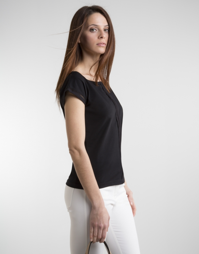 Camiseta entredós negra