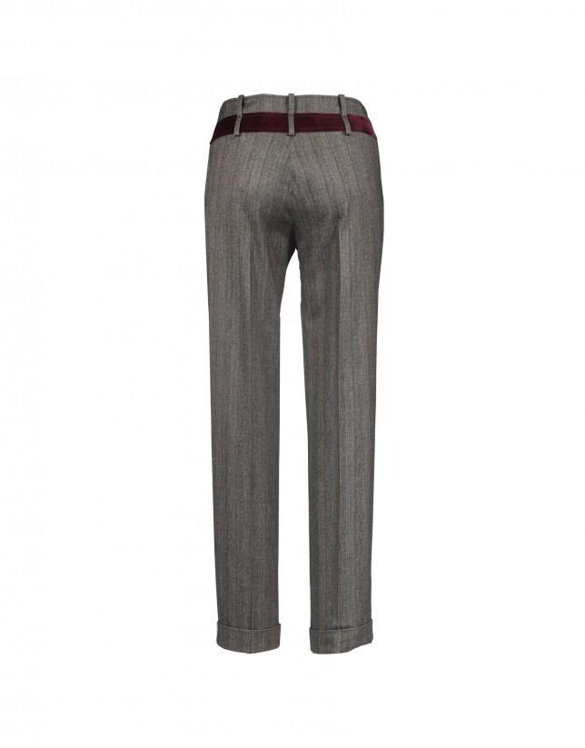 Grey pants with velvet trim