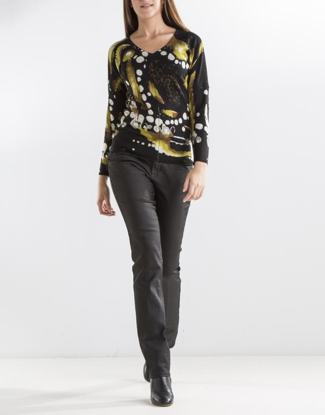 Black print sweater