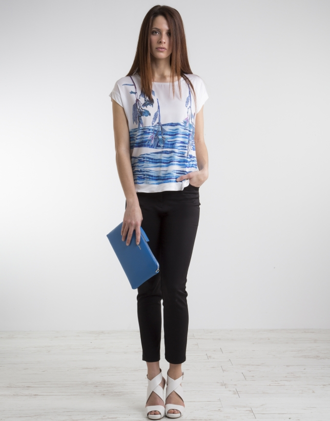 Blue print top with decoration