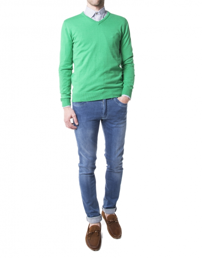Green basic knit sweater