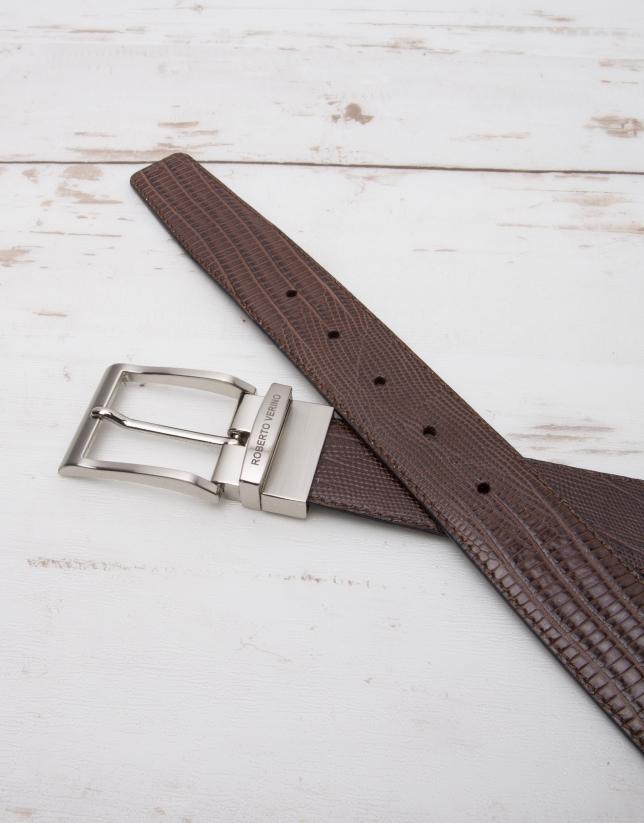 Embossed reversible belt