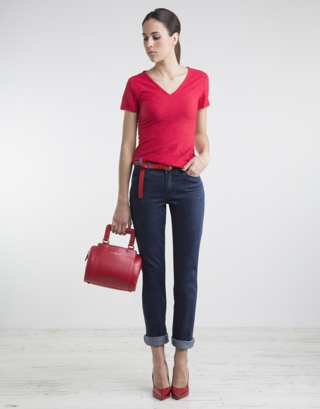 T-shirt rouge col V