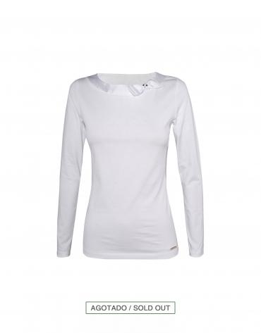 Camiseta blanca con lazo lateral cuello