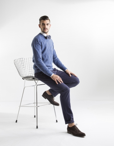 Blue diamond v-neck sweater