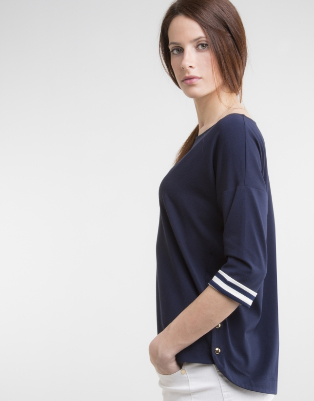 Camiseta cuello barco azul