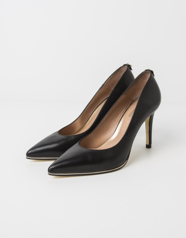 Black lambskin SEUL pump