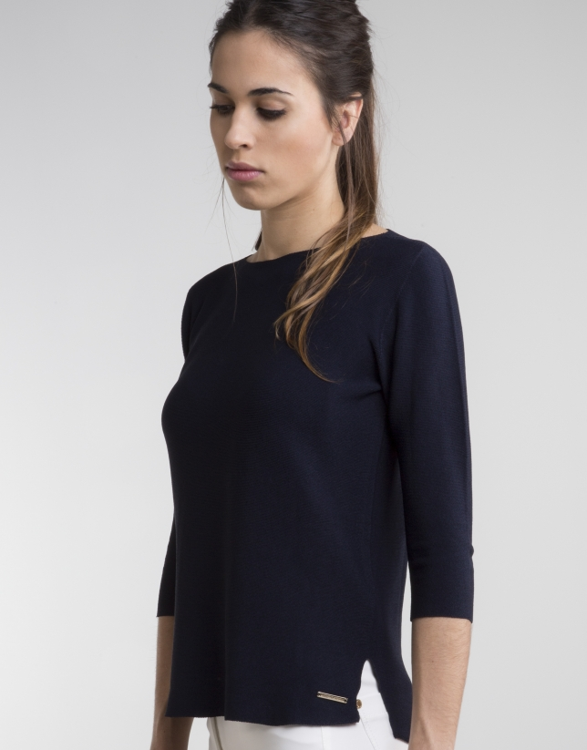 Navy blue sweater with three quarter sleeves