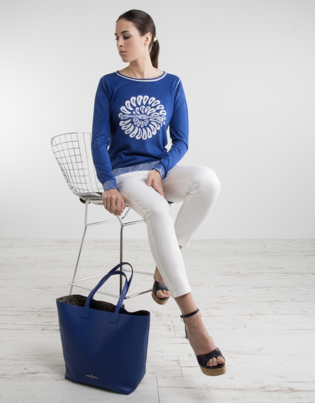 Blue print sweater