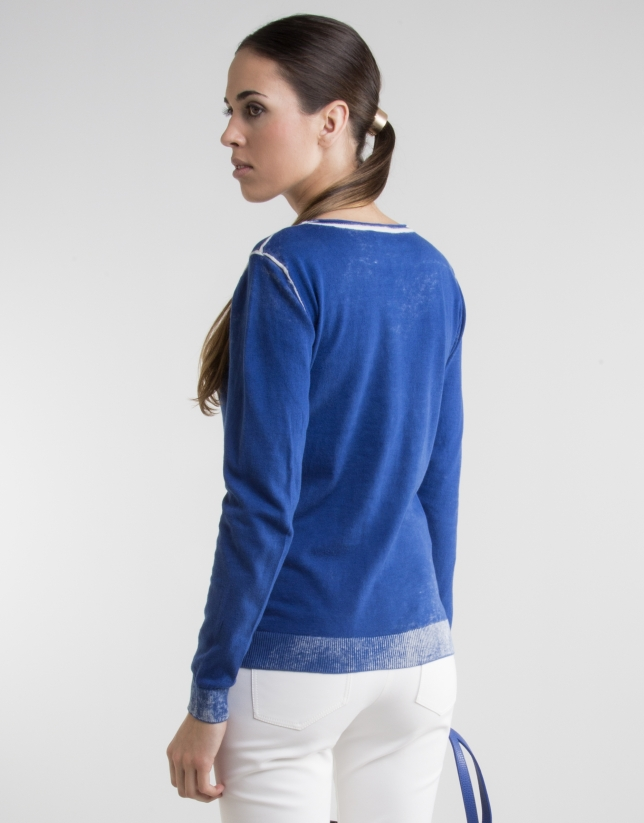 Blue print sweater