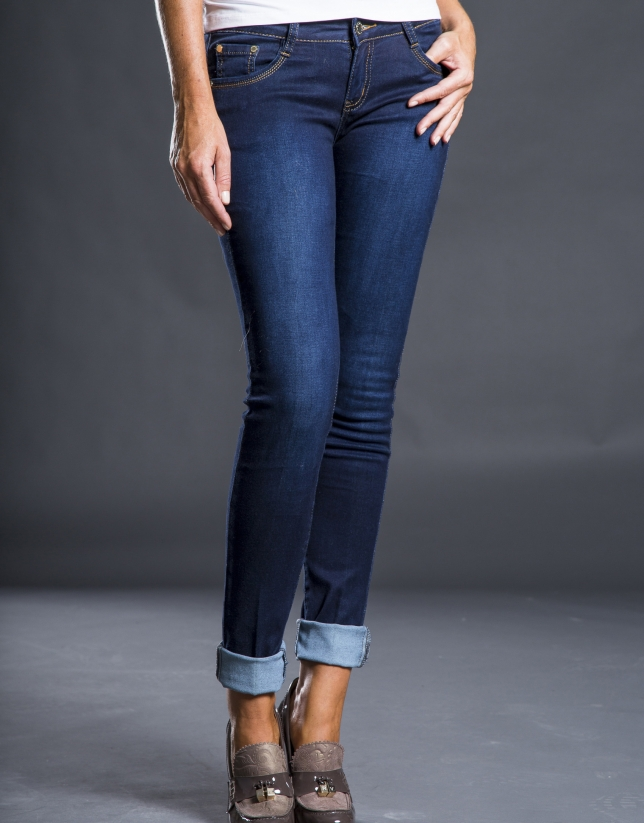 Blue embroidered jeans