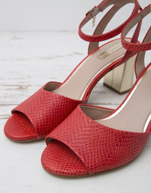 Sandalia piel color rojo L.A.