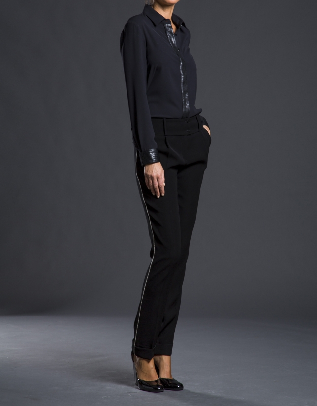 Pantalon avec ourlet et passementerie noir