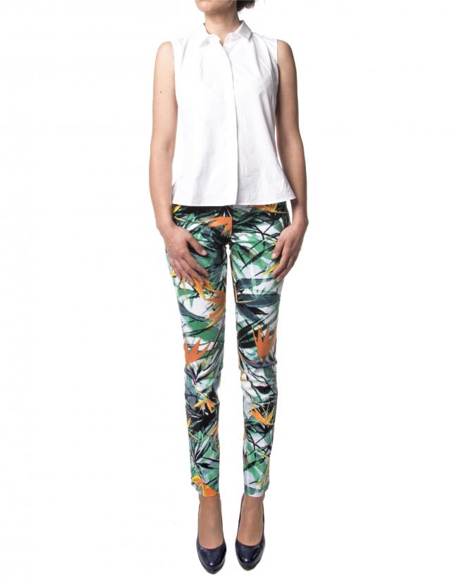 Green floral print pants