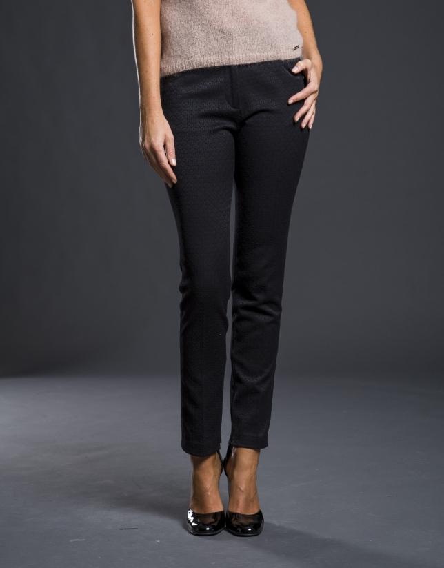 Pantalón pitillo negro jacquard