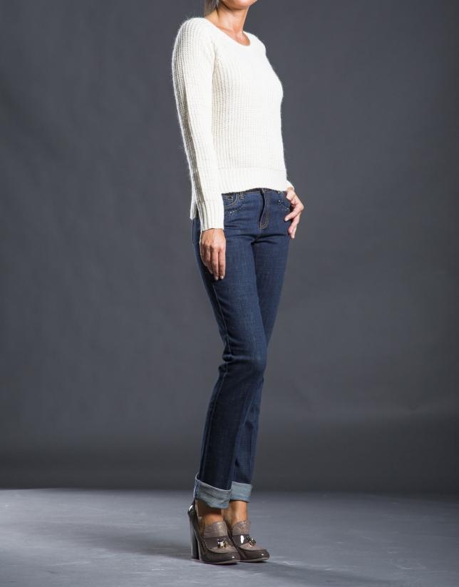 Jeans azul pedrería tachas
