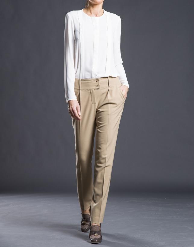Pantalón pinzas camel