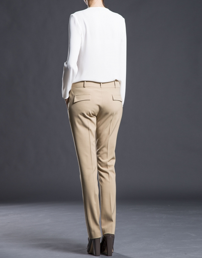 Camel pants with darts