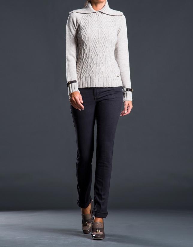 Jeans marrón fantasía posterior