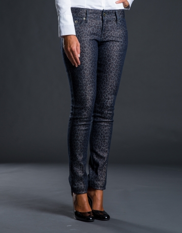 Narrow gray jacquard pants