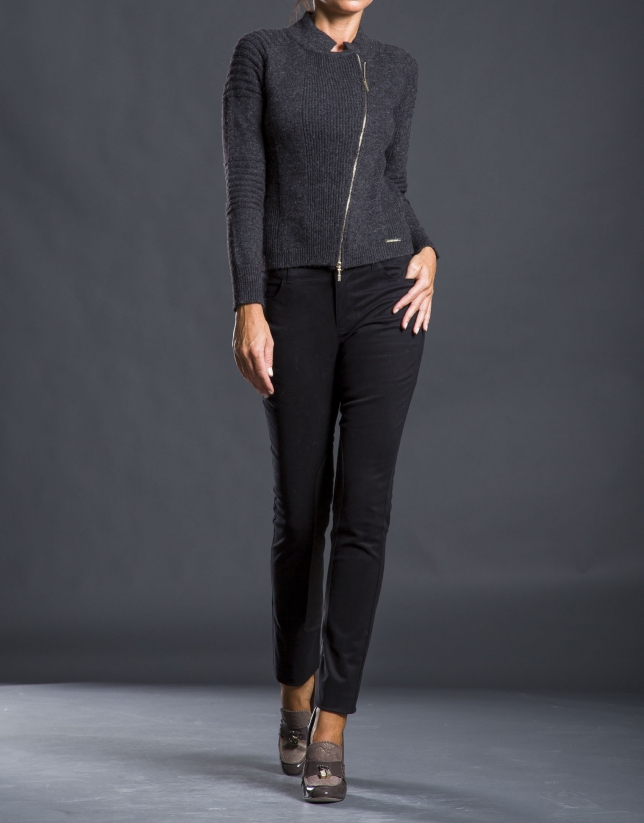 Pantalon avec renfort jambe noir