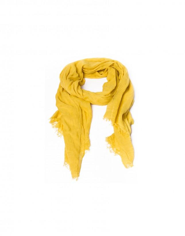Fringed yellow scarf