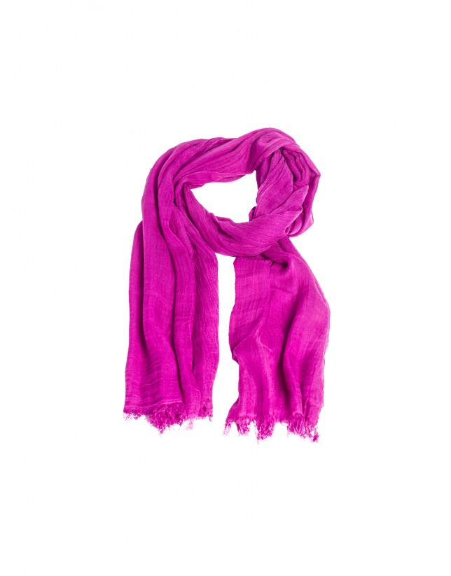 Fringed deep pink scarf