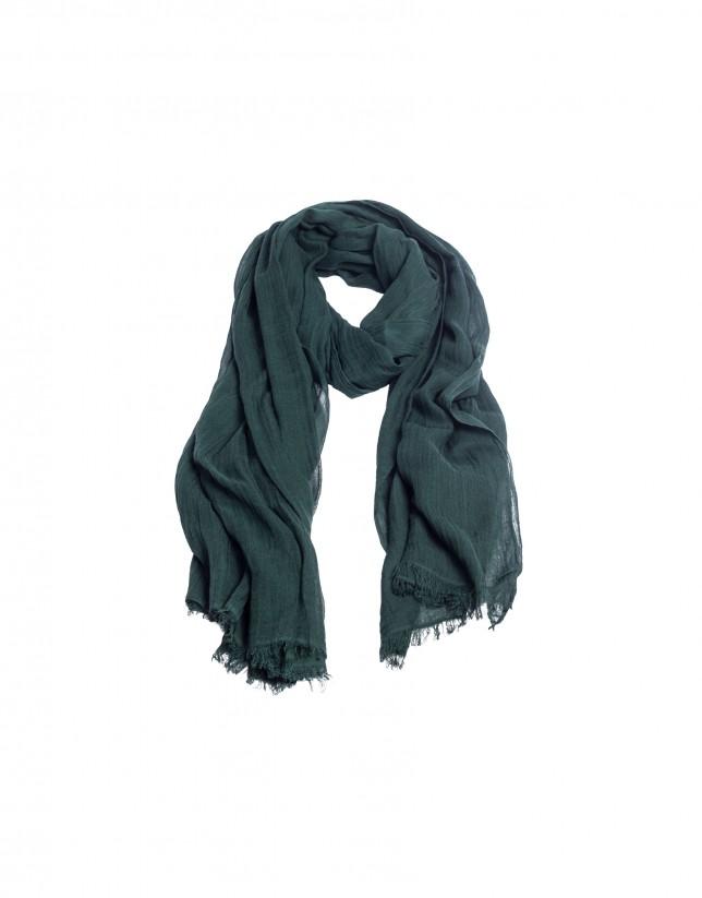 Fringed dark green scarf