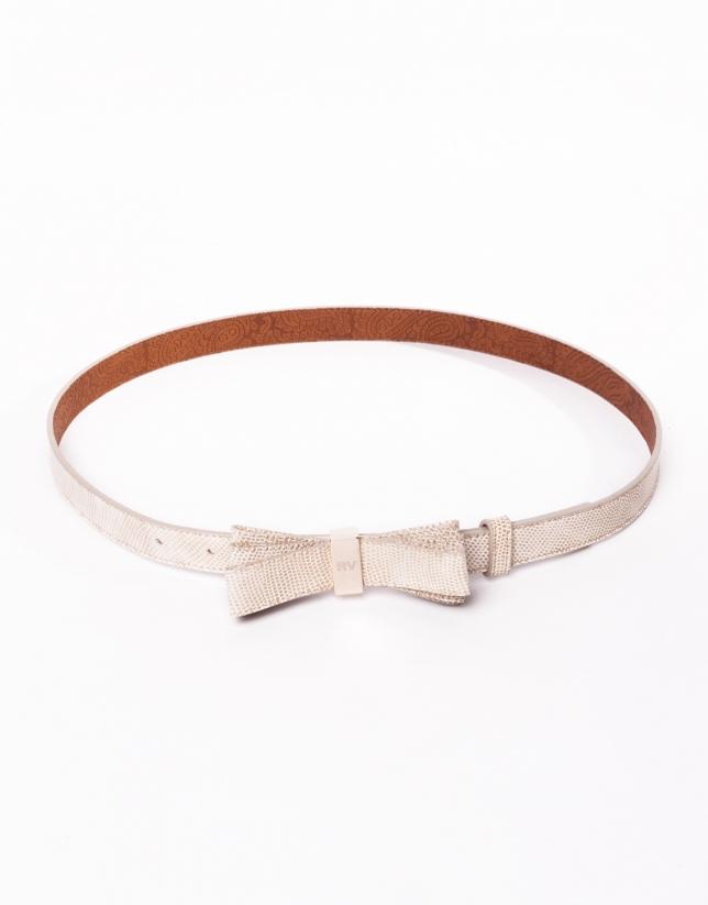 Cinturón en piel beige con lazo
