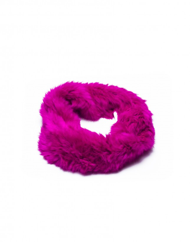 Fuchsia rabbit fur collar