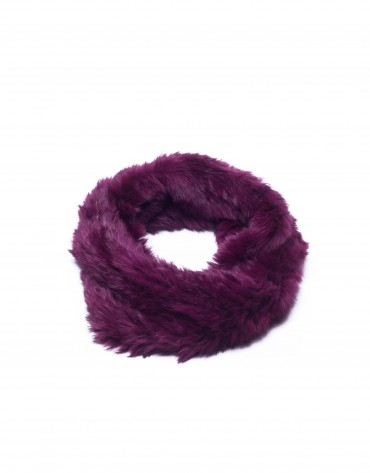 Dark red rabbit fur collar