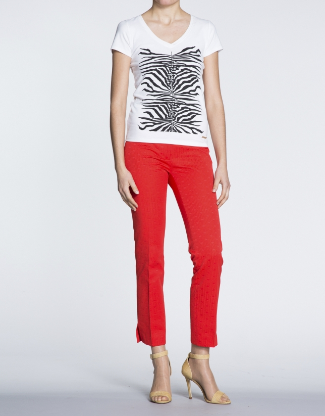 Coral dotted straight jacquard pants.