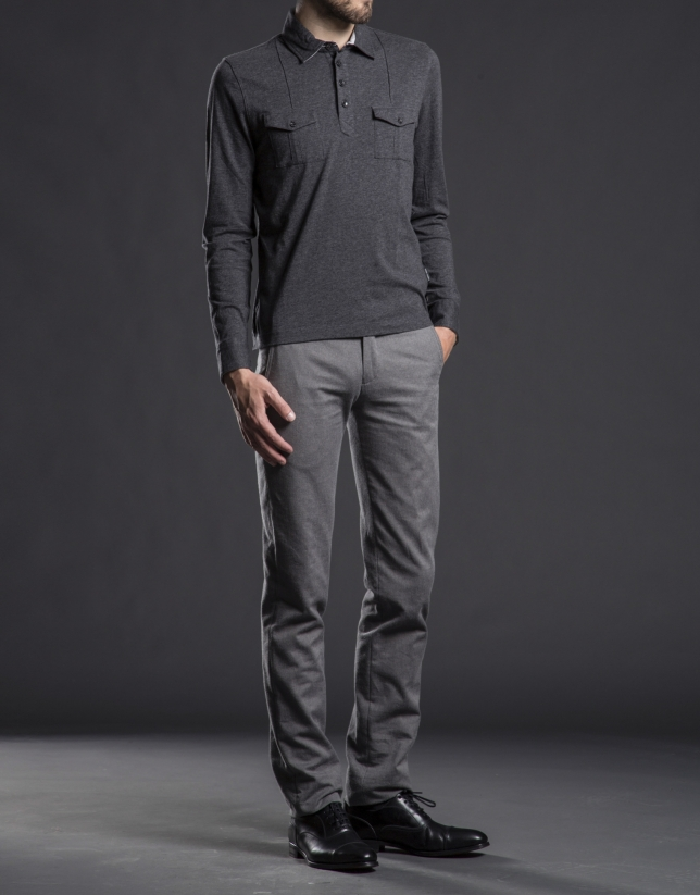 Polo poches poitrine gris