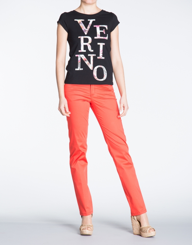Red straight cotton pants with 5 pockets