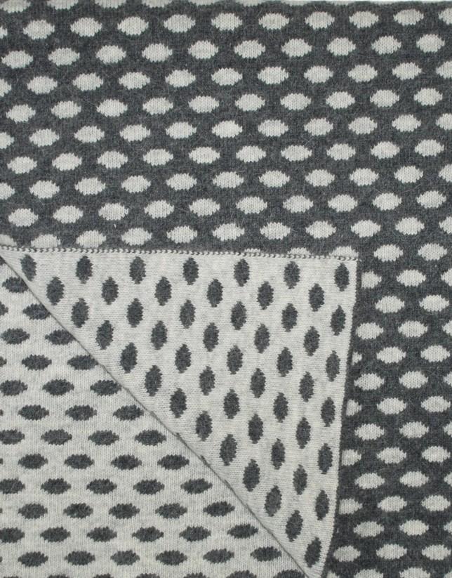 Grey  jacquard scarf