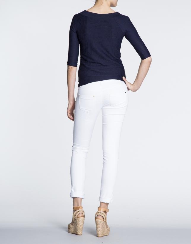 Pantalón strech de algodón blanco.