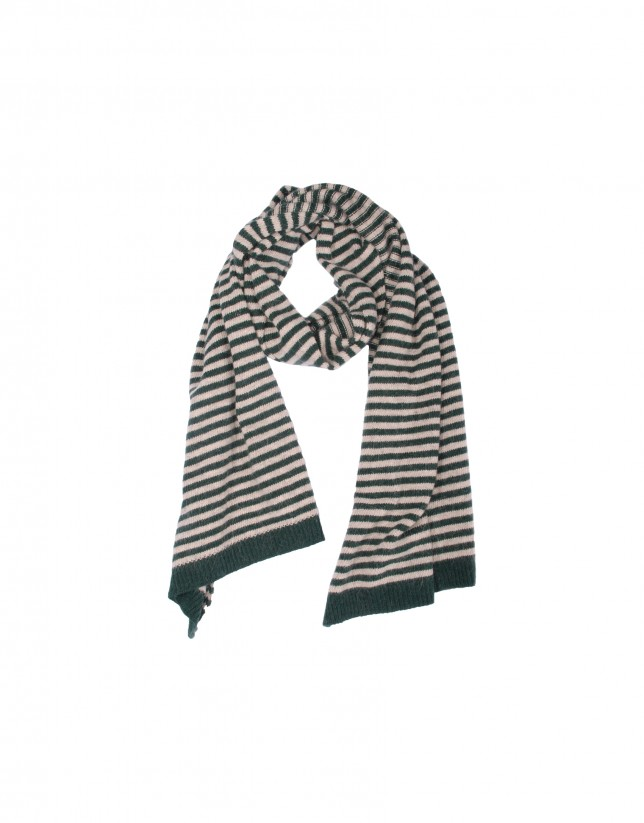 Green and cream striped scarf