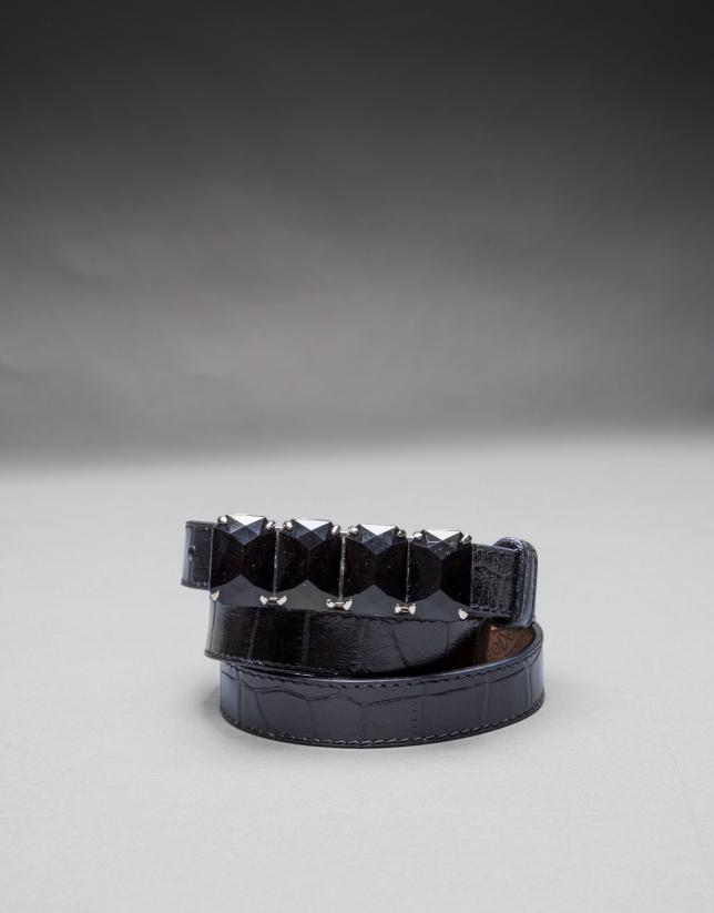 Narrow black belt