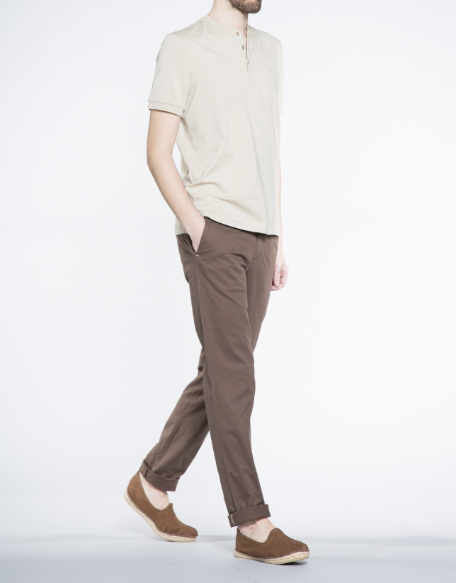 Plain sand V-neck top