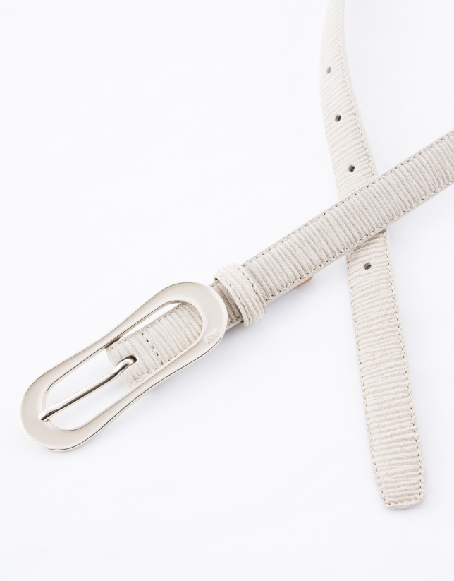 Cinturón estrecho piel crudo