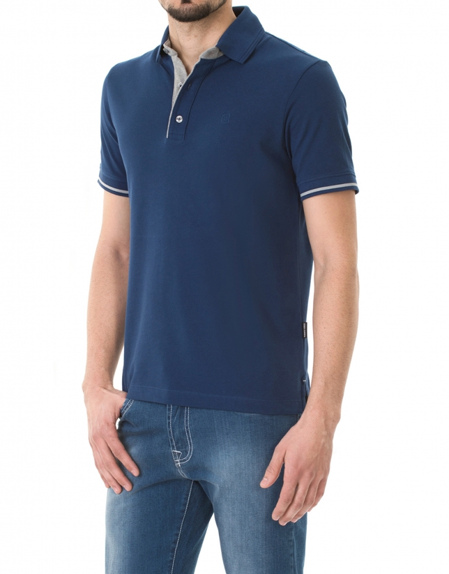 Plain electric blue piqué polo