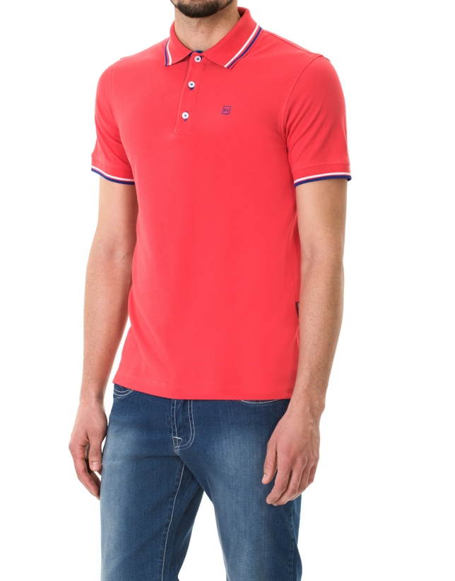 Red and blue piqué polo